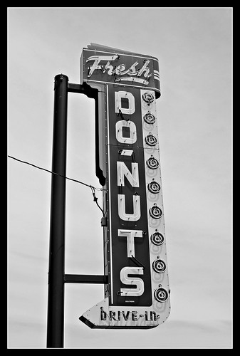 Drive In Donuts | by Vintage Roadtrip