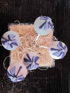 Pinwheel Cake Pops | by Sweet Lauren Cakes