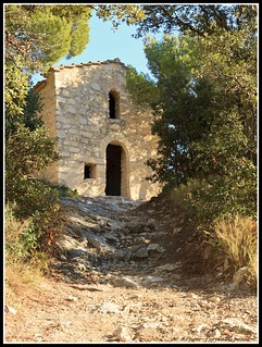 Petite chapelle des Dentelles de montmirail | by Photo-Provence-Passion
