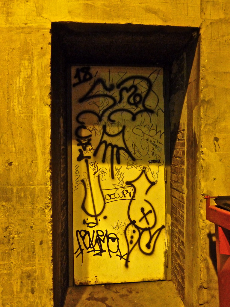 Insane Gangster Satan Disciples vs. Gangster Two Six (+ ci…   Flickr