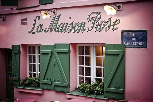 La maison rose elle est jolie mais faut pas y manger en for La maison rose lourmarin