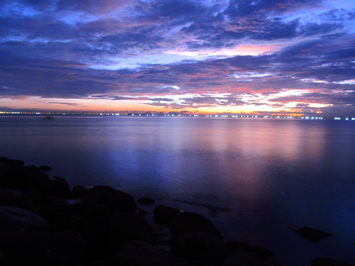 Manila Bay in blue mood | by Merwin's Travelogue