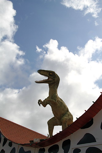 Dinosaur on a red roof, Aruba | by Isleofhope