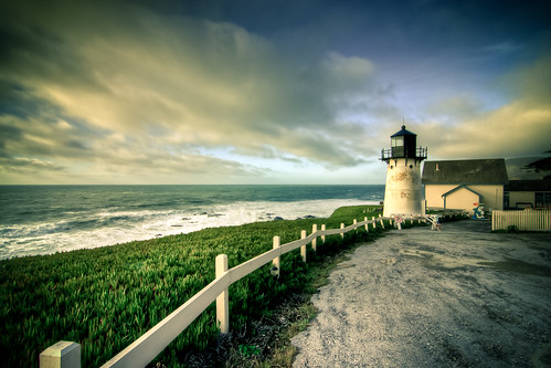 Montara Point Lighthouse | by Konvolinka Photography