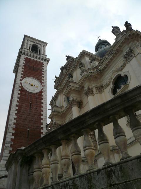 Basilica di Monte Berico - facciata sx -
