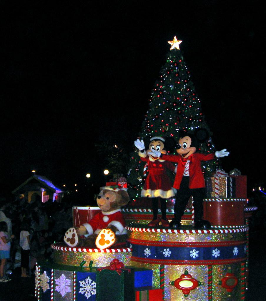 magic kingdom mickeys very merry christmas party 2011 mickeys once upon a christmastime parade