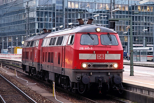 D DB 218 445-5 München 10-03-2011 | by peters452002