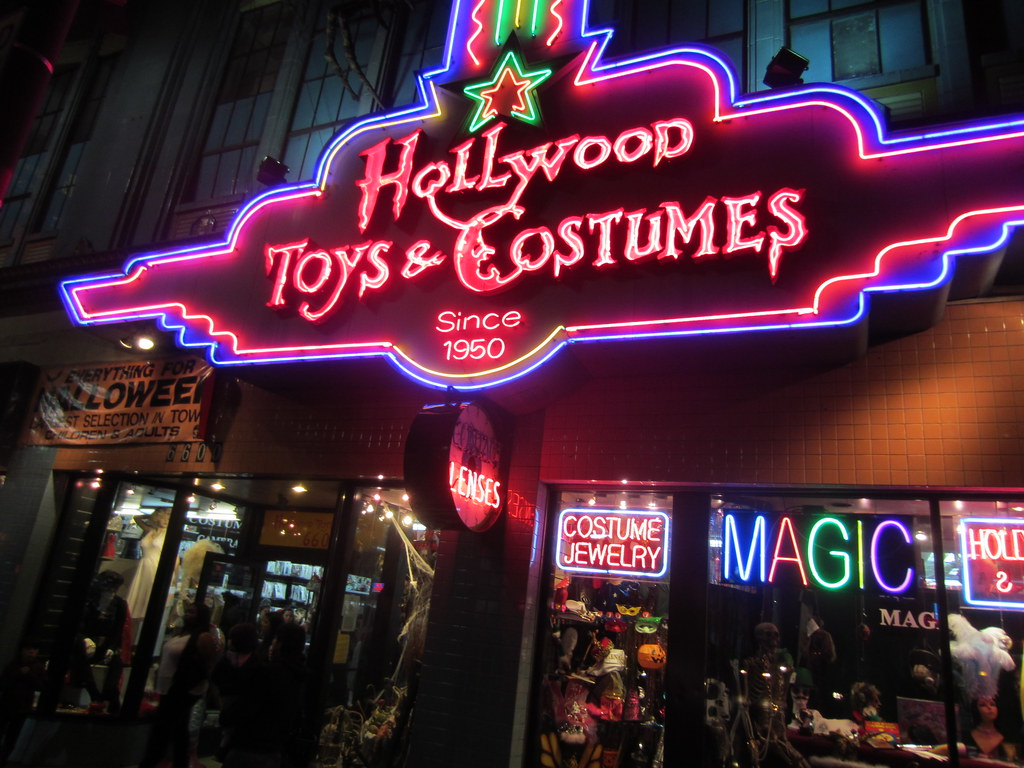 ... Hollywood Toys u0026 Costumes on Hollywood Boulevard in Los Angeles Hollywood California 2011 | by & Hollywood Toys u0026 Costumes on Hollywood Boulevard in Los Anu2026 | Flickr