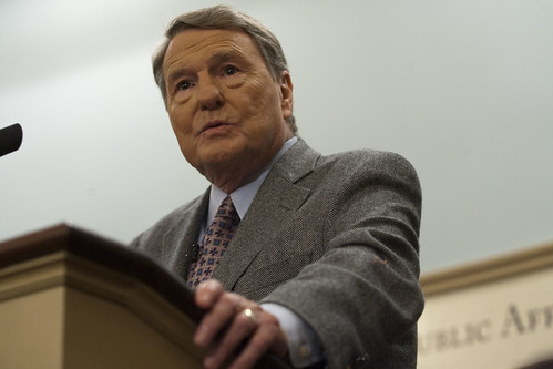 RS3J3548 | Jim Lehrer, who has moderated 10 presidential ...