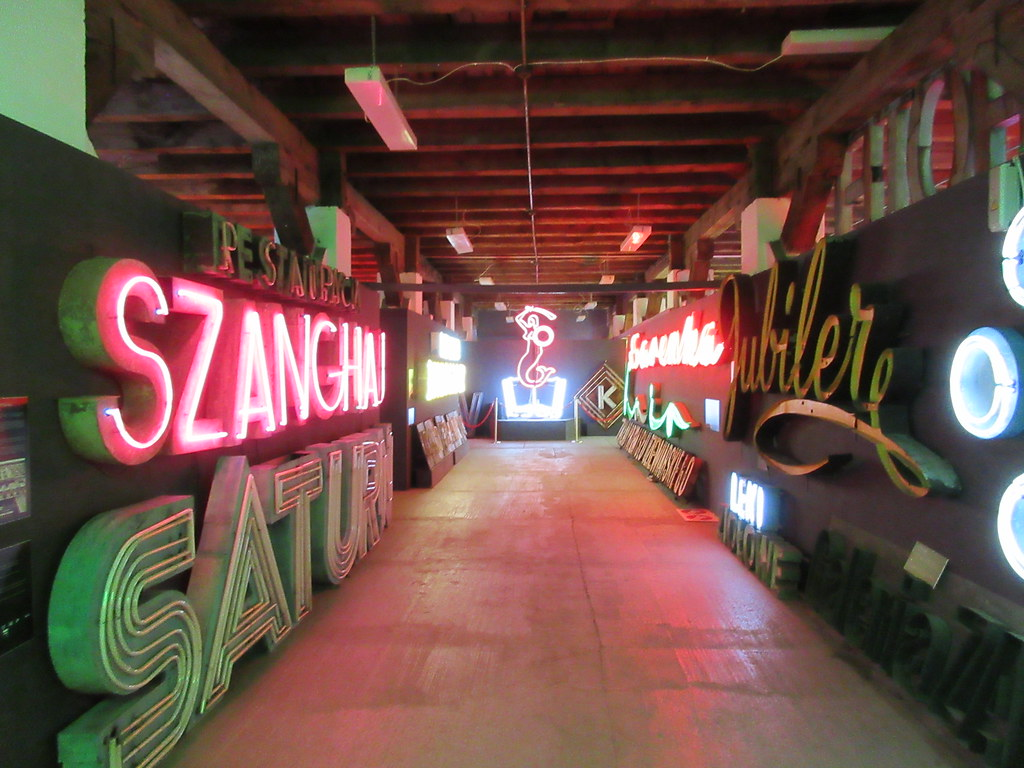 Museum of Neon, Warsaw