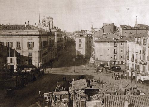Puerta del sol madrid 1857 instant nea de la puerta for Puerta del sol historia