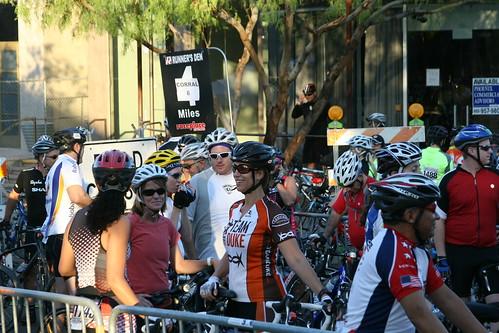 Tour De Scottsdale Packet Pickup