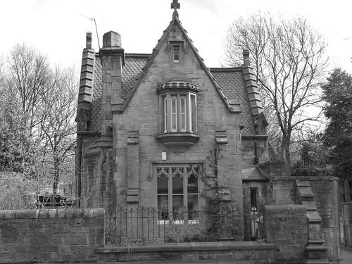 Old house black and white edinburgh scotland alex flickr for Classic house edinburgh