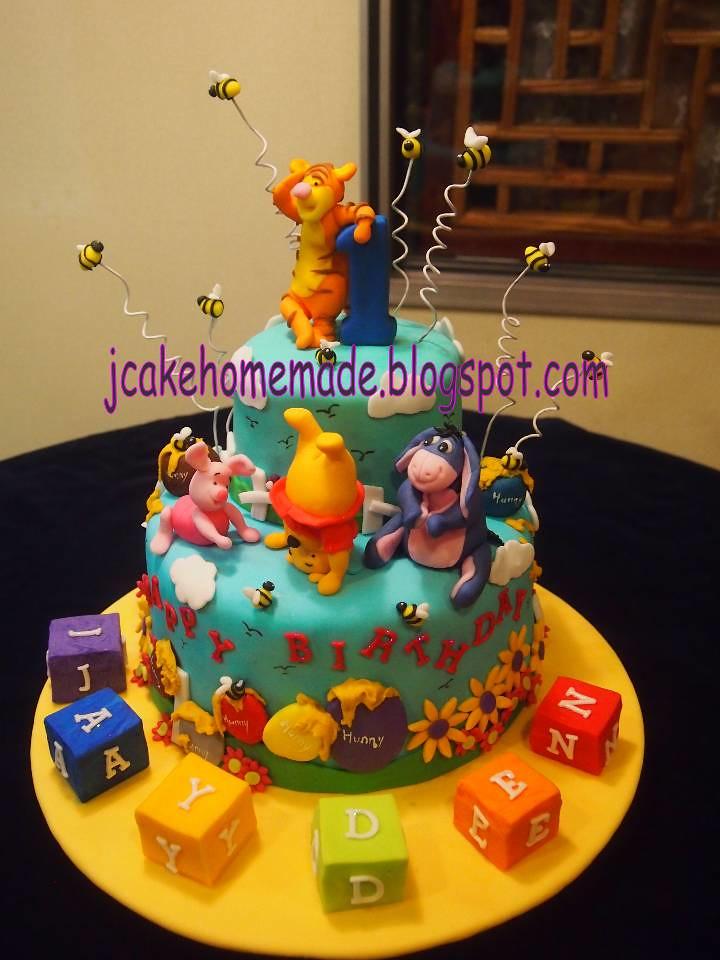 Winnie the Pooh theme birthday cake Happy 1st birthday Jay Flickr