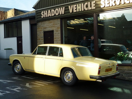 Custard Cream Silver Shadow (Shadow Services - Pudsey, Nr Leeds) | by James W Bell (Good Honest Iago) - Leeds