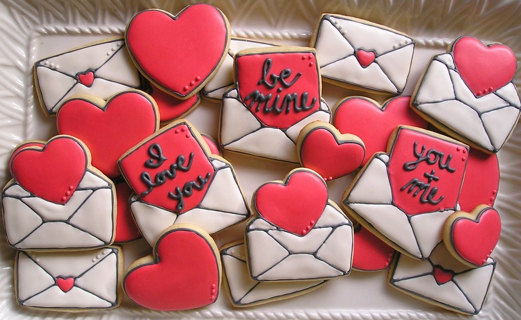 Valentines Sugar Cookies With Royal Icing Sugardotcookies Flickr