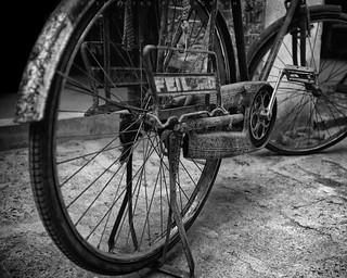 Old Bike III - Guilin, China | by Jesse Estes