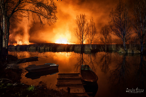 Fire on the Lake | by Girello :) www.photolandia.net