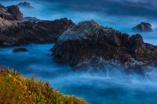 Rocks & waves @ Big Sur #2
