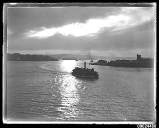 Sydney Harbour steam ferry approaching Circular Quay, 1901-1953 | by Australian National Maritime Museum on The Commons