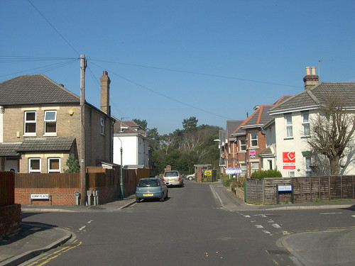 WARWICK RD BOSCOMBE POKESDOWN BOURNEMOUTH DORSET MAR