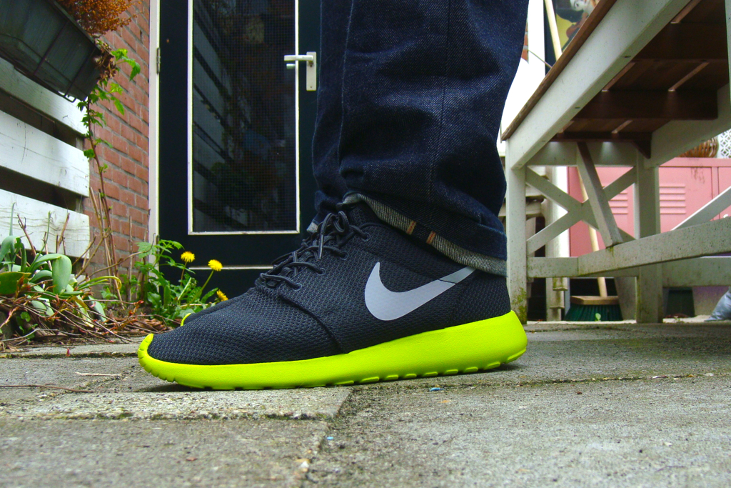 Nike Roshe Course Loup Anthracite Gris Cyberghost