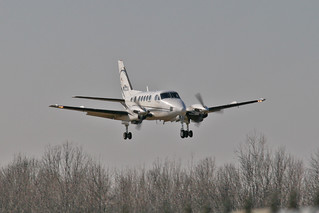 Beech 100 King Air N122U - Eagle Creek Airpark | by JFeister