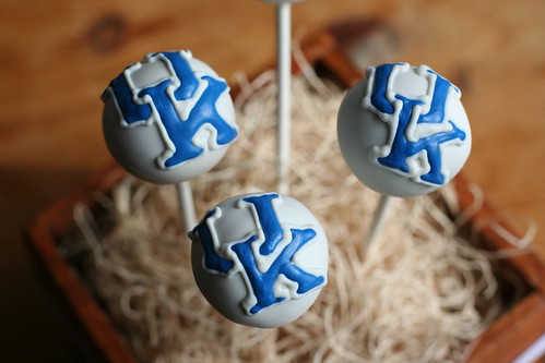 University of Kentucky Cake Pops | by Sweet Lauren Cakes