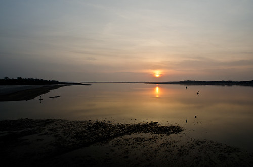 Menai sunset | by Dafydd Penguin