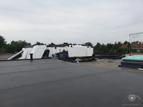 Halbes Dach fertig