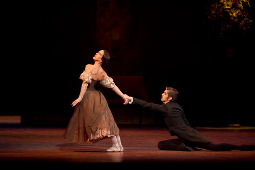 Laura Morera as Tatiana and Federico Bonelli as Onegin in Onegin © ROH / Bill Cooper 2010 | by Royal Opera House Covent Garden