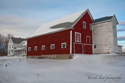 Red Barn~White House | by Vicki Lund Photography