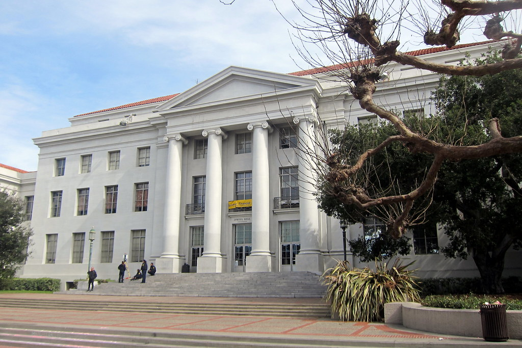 ... Berkeley: UC Berkeley   Sproul Hall | By Wallyg