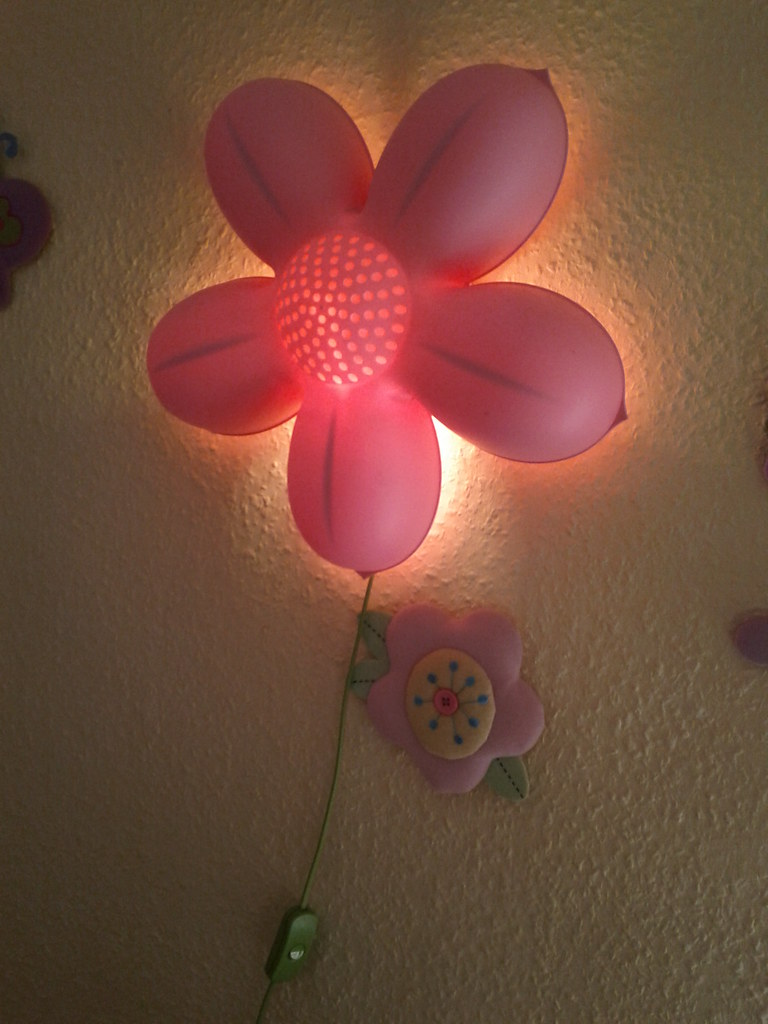 Ikea Flower Wall Lamp 1500ft T M Flickr