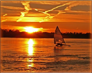 Ice yachting in the sunset | by Ostseeleuchte