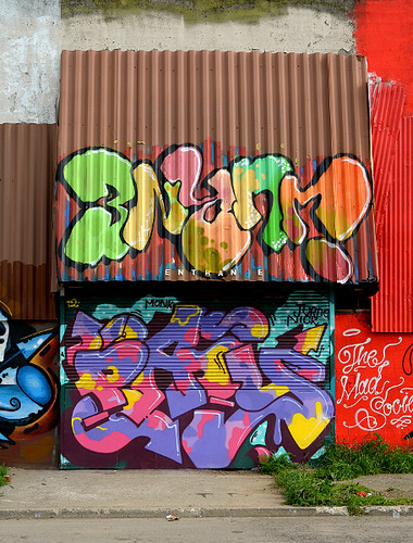 jurne / pais | by thesaltr