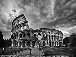 The Colosseum, Rome | by kevinpoh