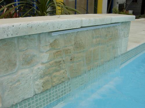 Cascade piscine hydro sud carquefou piscines hydro sud for Hydrosud piscine