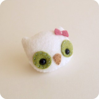 owl brooch | by Gingermelon