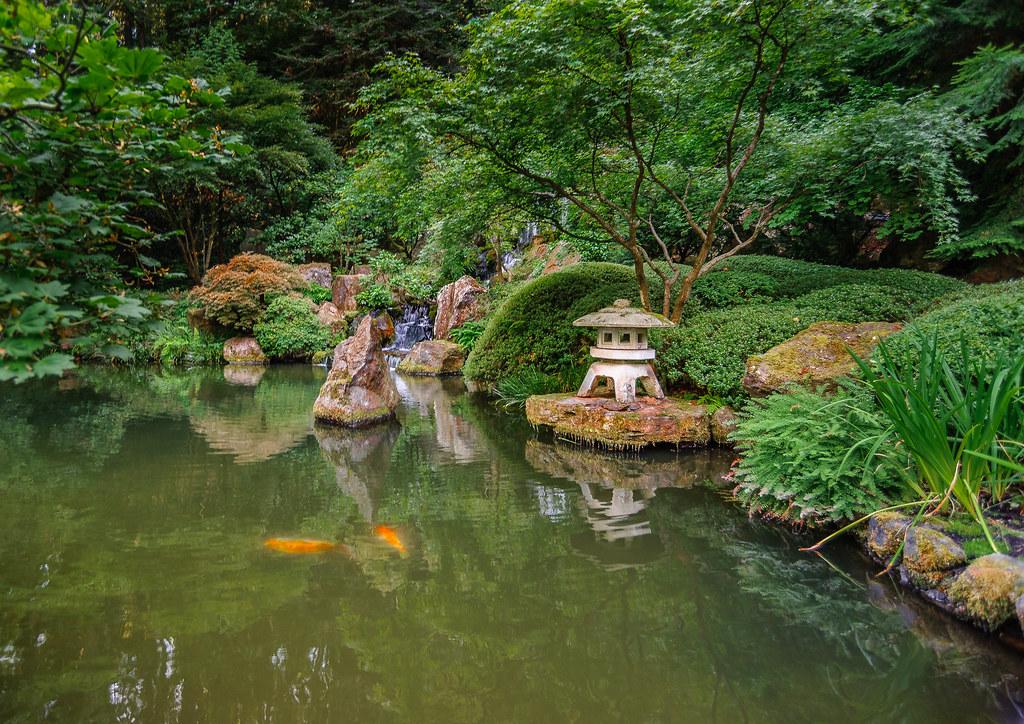 Koi pool in Japanese Gardens, Portland, Oregon | The beautif… | Flickr