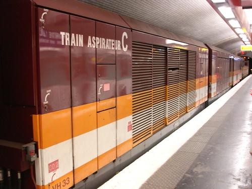 Porte de la villette m tro portemolitor flickr - Metro porte de la villette ...