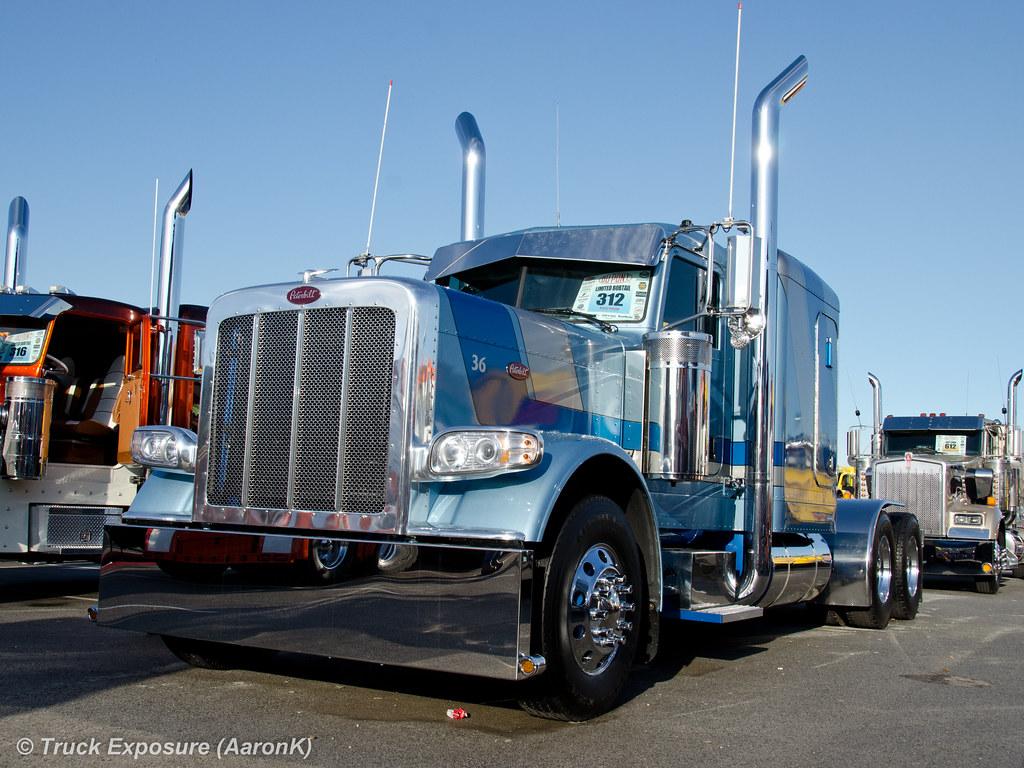 Peterbilt 389 | Mid America Trucking Show 2012 | AaronK | Flickr