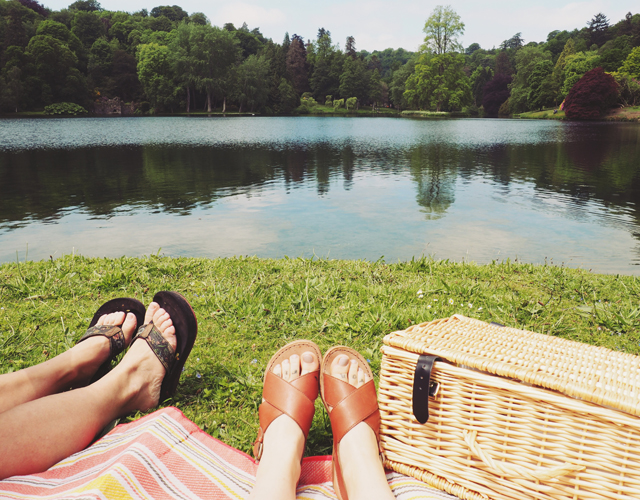 Picnic by Stourhead lake