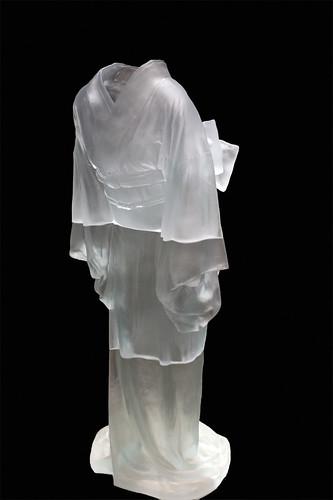Kimono Ghost | This Ghoslty Kimony is made of cast glass ... White Kimono Ghost