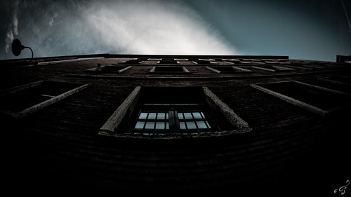 Looking up | by bigmike.it