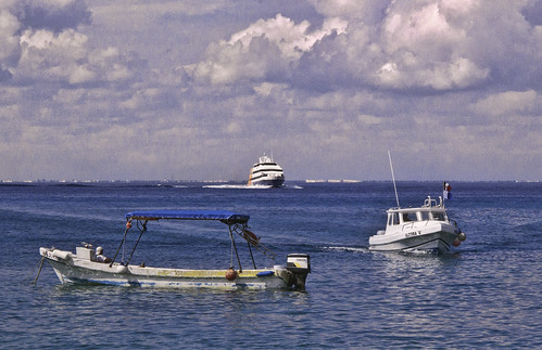 Cozumel boats | by Alan P Murphy