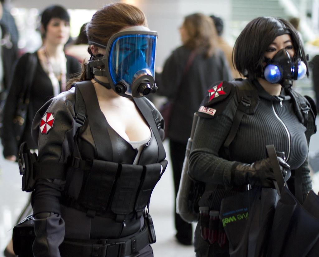 Muito Umbrella Corp ladies | Nathan Rupert | Flickr XS61