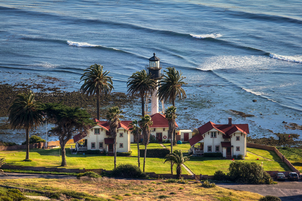 image of Point Loma lighthouse