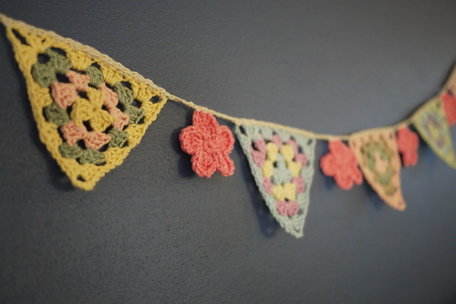 Granny Bunting with flowers | by :Salihan