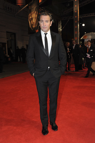 Jean dujardin at the baftas bafta 2012 jean dujardin for Jean dujardin bafta